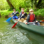 Learning how to canoe on school residential Y3/4